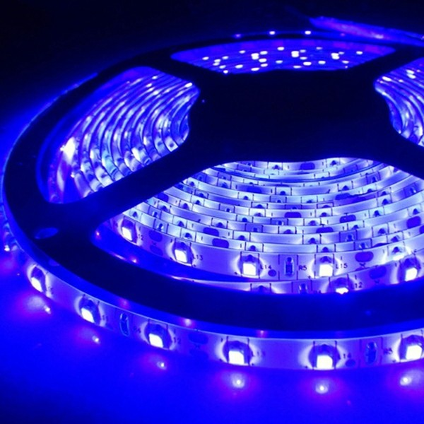 led strip schwarzlicht 5050 5m 150 leds 12v ip54 uv licht komplettset inkl netzteil smash. Black Bedroom Furniture Sets. Home Design Ideas