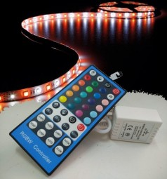 5m RGBW Strip Set inkl. Controller und 5A Netzteil