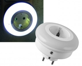 LED Nachtlicht mit Zwischenstecker 230V mit Dämmerungsschalter